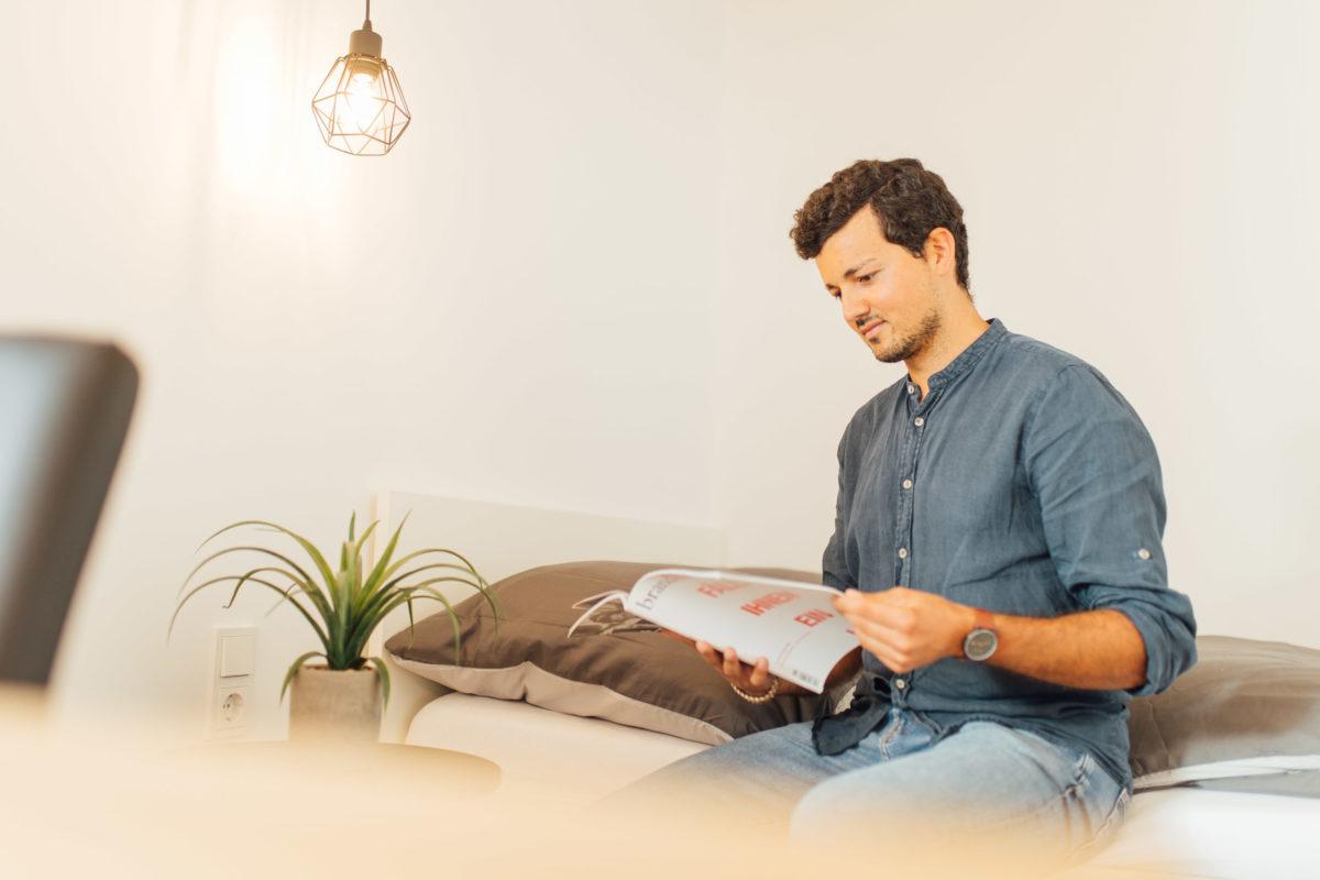 Entspannen und Lesen im Schorenhaus